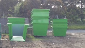4,6 and 8 cubic metre bins